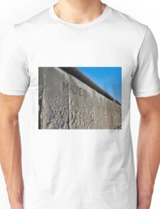 The Madness of Walls - Berlin T-Shirt
