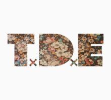 TDE Floral Pattern T-Shirt