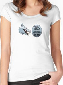 Moro Women's Fitted Scoop T-Shirt