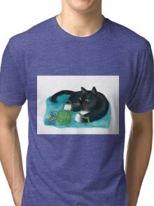 Mouse and Kitten Play with Green Yarn  Tri-blend T-Shirt