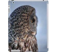 Contemplation - Great Grey Owl iPad Case/Skin