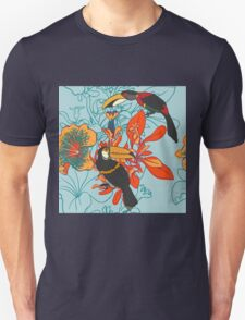 Seamless floral background with petunia toucan T-Shirt