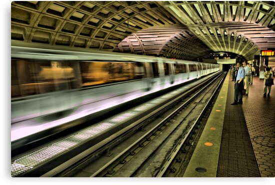 Metro Motion by Andreas Mueller
