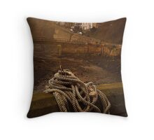 Staithes, North Yorkshire Throw Pillow