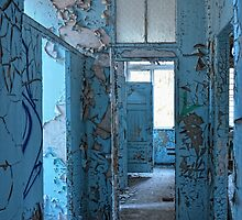 empty blue rooms by Jo-PinX