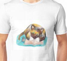 Kitty and Mice are Bookworms Unisex T-Shirt