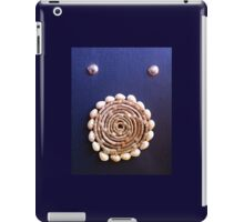 Shell Roundel iPad Case/Skin