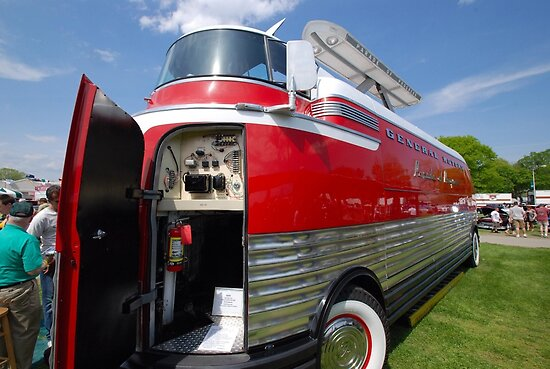"""GM Futurliner 1953 >"" Posters by John Schneider 