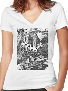 The Cow Women's Fitted V-Neck T-Shirt