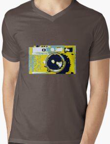 Leica Mens V-Neck T-Shirt