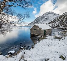 Ogwen Boat House by Adrian Evans