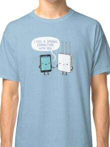 A strong connection Classic T-Shirt