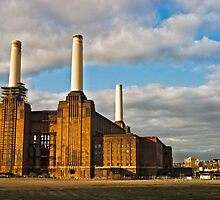 Power Station 2 by Paul Davey