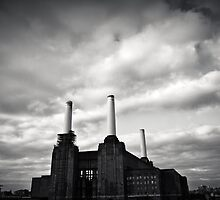 Power Station 3 by Paul Davey