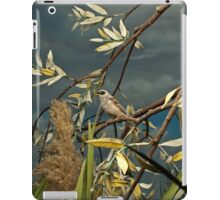 Natural environment diorama - A bird resting on a branch iPad Case/Skin