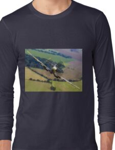 "Spitfire ""Coming UP Fast"" Fantastic  Spitfire WW2 art / aviation / military Long Sleeve T-Shirt"