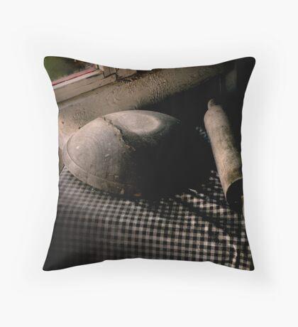 Chiaroscuro Throw Pillow