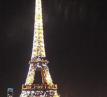 Sparkling Eiffel by pickledbeets
