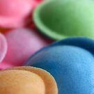 Flying Saucers by Sophie Matthews