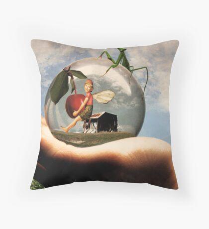 La Recolte Throw Pillow