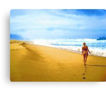Walking along the beach Canvas Print