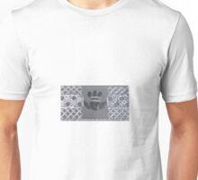 Claddagh heart and hands Unisex T-Shirt
