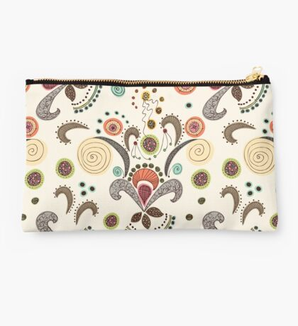 Wired Flower Pattern Studio Pouch