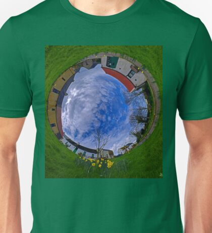 Hanna's Close, County Down (Sunny sky In) T-Shirt