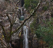 Cascata do Arado by Andreia Moutinho