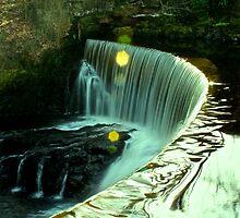 Calder Waterfall, Lochwinnoch by Gary Affleck