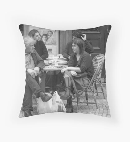 Rue de petite Carreaux Throw Pillow
