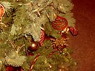 Decorated holiday tree by amak