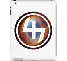 47 (4th and 7th Chakra) Helix Nebula iPad Case/Skin
