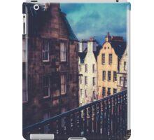 Old Town Edinburgh Buildings iPad Case/Skin