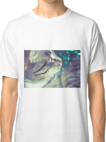 Retro Tabby Cat and Green Tinsel 3 Classic T-Shirt
