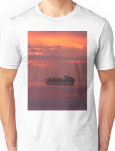cruiser with sunset I - crucero con puesta del sol Unisex T-Shirt