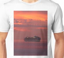 cruiser with sunset I - crucero con puesta del sol Unisex T-Shirt