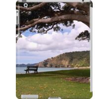 Spend a while under my shady branches........! iPad Case/Skin