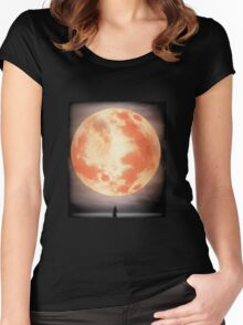 Bloodborne Moon Women's Fitted Scoop T-Shirt