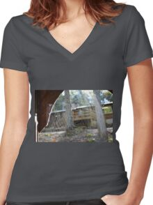 The art of tiny monsters Women's Fitted V-Neck T-Shirt