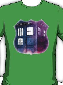 Public Police Box - Dr Who T-Shirt
