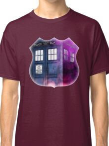 Public Police Box - Dr Who Classic T-Shirt