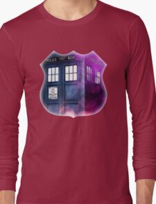 Public Police Box - Dr Who Long Sleeve T-Shirt