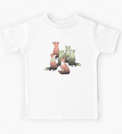 Sleeping foxes Kids Tee