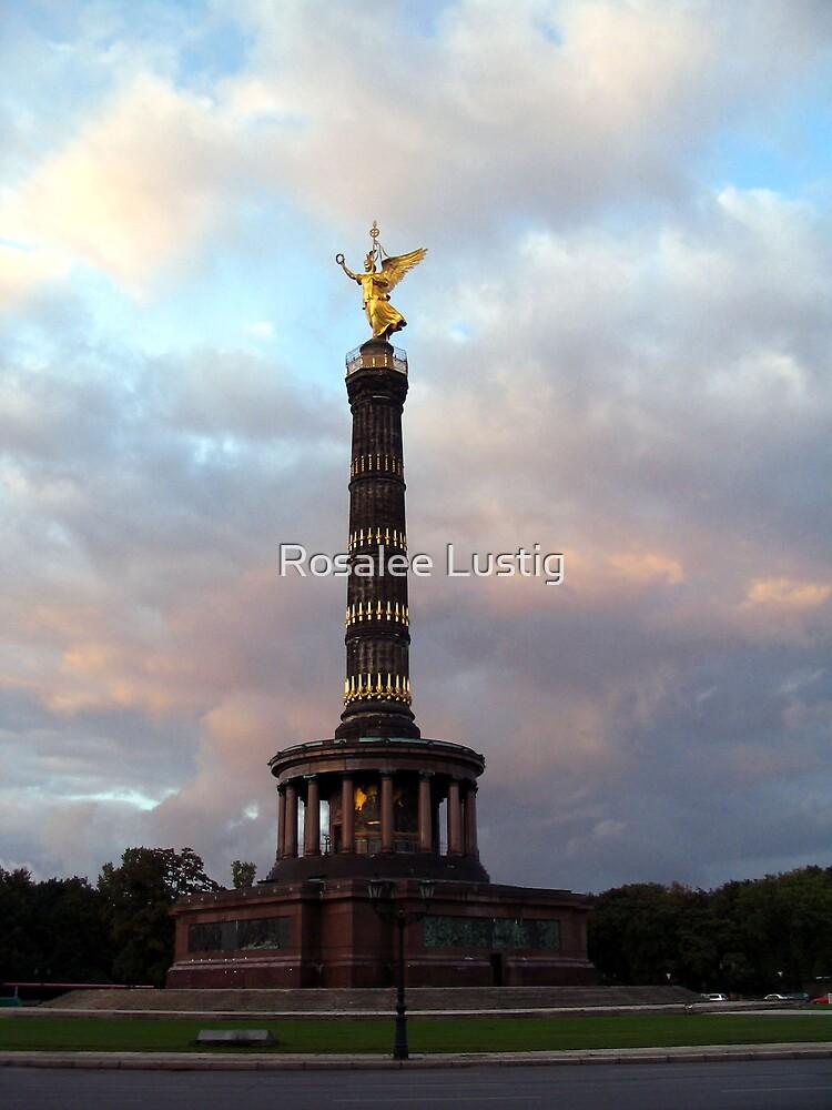 Berlin by Rosalee Lustig