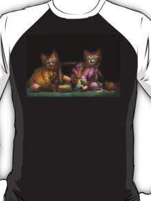 Cat - Mischief makers 1915 T-Shirt
