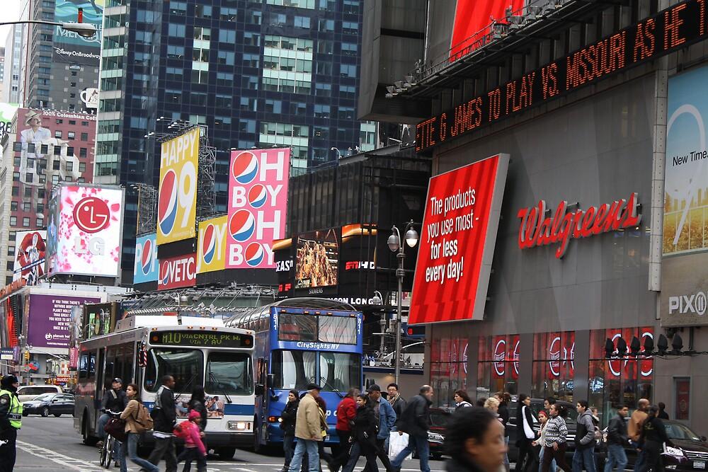 Busy Broadway by deegarra