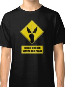 Watch for claw V.1 Classic T-Shirt