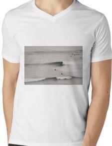 Surfin' Flinders Mens V-Neck T-Shirt