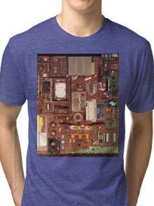 Mac Book Pro 15 inches Tri-blend T-Shirt